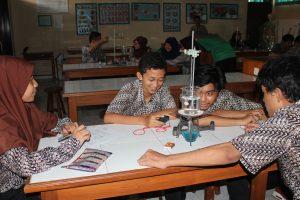 Praktikum Kimia