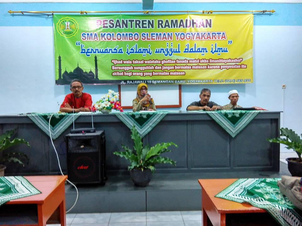 Pesantren Ramadhan 1437 H SMA Kolombo Sleman Yogyakarta